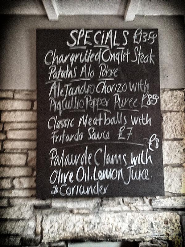 Specials blackboard at El Gato Negro Tapas