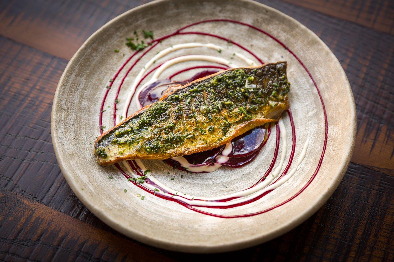 Grilled mackerel fillet with beetroot salad, horseradish dressing